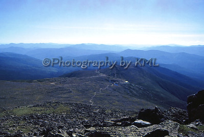 the view from the top of mount washington in nh