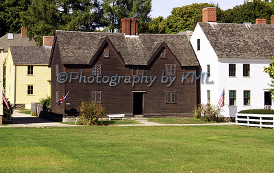 historical houses at strawbery banke in nh