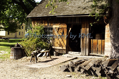 an old fashioned blacksmith shop at strawbery banke